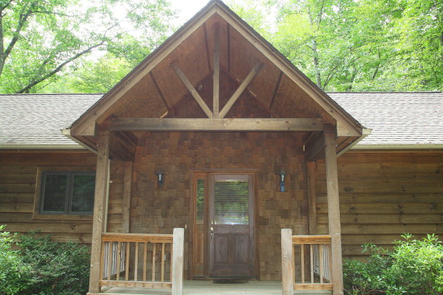 1065 Buckberry Drive, North in Sapphire Valley