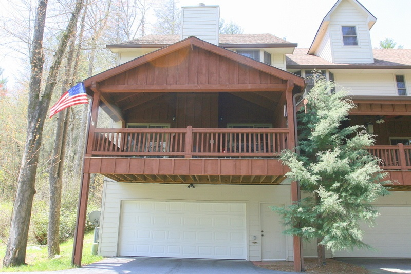 3BR Condo-Newer Construction in Sapphire Valley